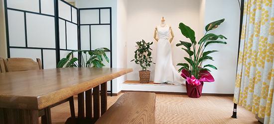 兵庫本社の室内の写真。こちらのブースでお見 合いのカウンセリングを実施します