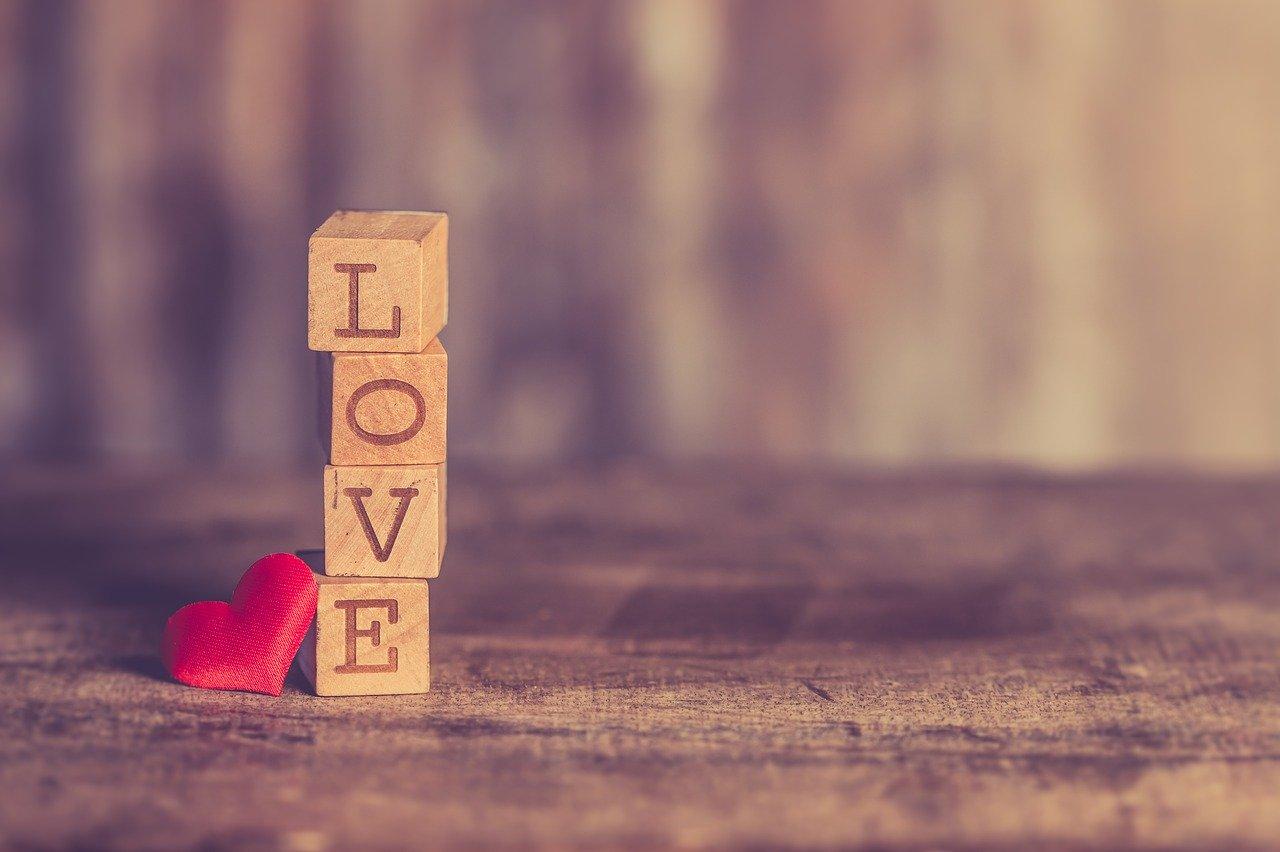 婚活に必要な事、それは「会うこと」です。結婚相所結婚物語。は、そこからすべてが始まると考えます